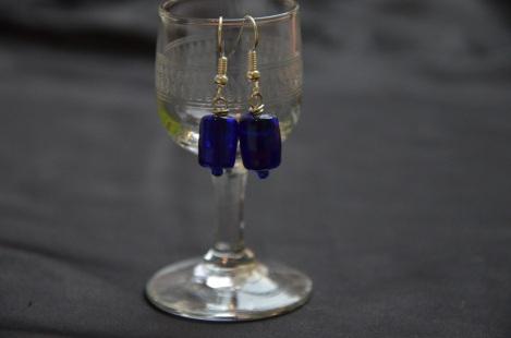 Oorbel - Blauw Lange Steen €9,00 per paar