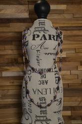 Lange ketting met een mengeling van paars, bruine en oranje zoetwaterparels €35,00