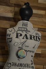 Gepersonaliseerde ketting overgoten met hars. Mogelijk met je favoriete foto Lange ketting: €35,00 Korte ketting: €30,00